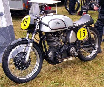 718px-Norton_Manx_500_cc_Racer_1953.jpg